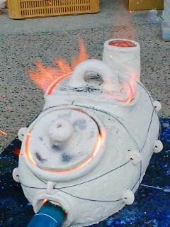ミニ窯を焚く。